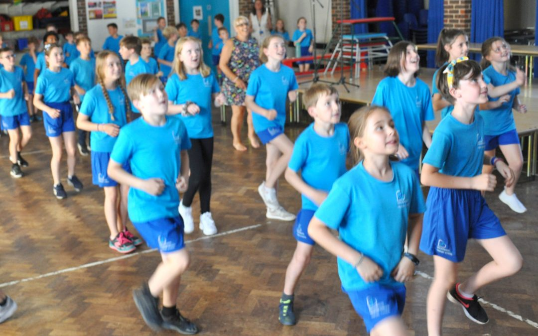 Broadwater School's Dancethon Raises £2000